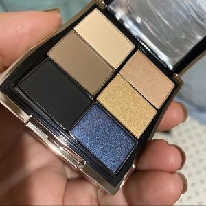 Mary Kay limited edition eyeshadow compact